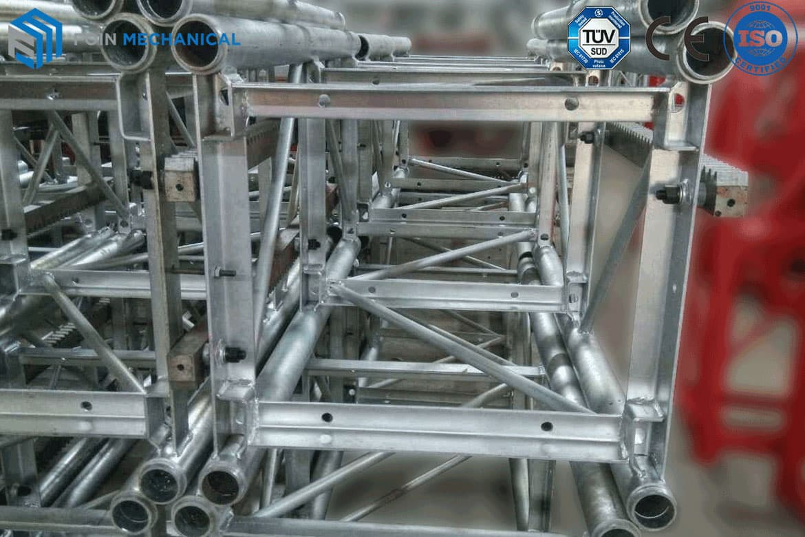 Hot-Dip Galvanized Hoist Cage Mast Sections