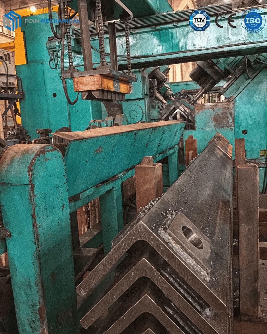 Mast Sections Holes Boring Equipment