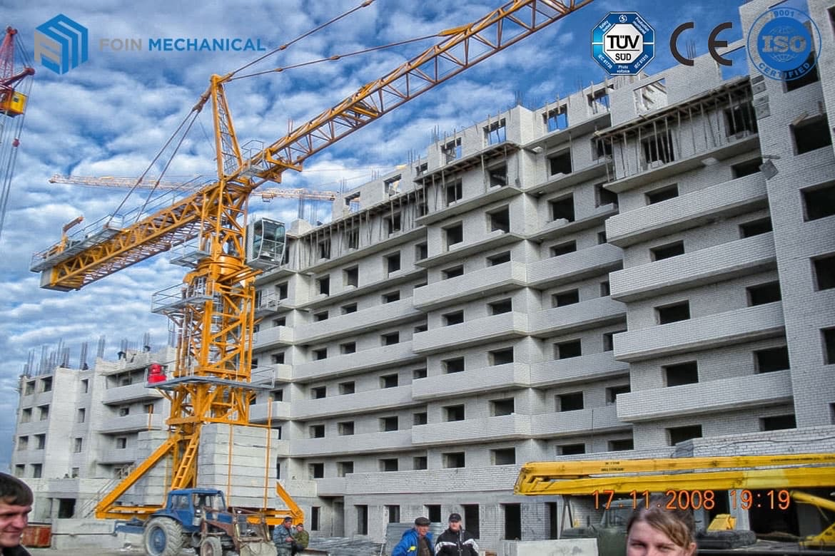 Topkit tower crane Traveling chasiss type in Russia