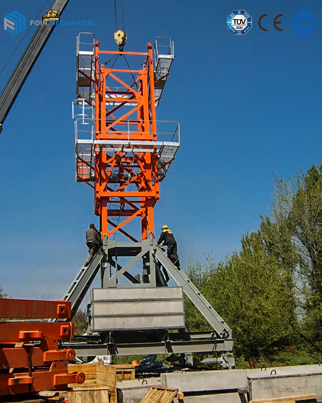 traveling chassis foin tower crane