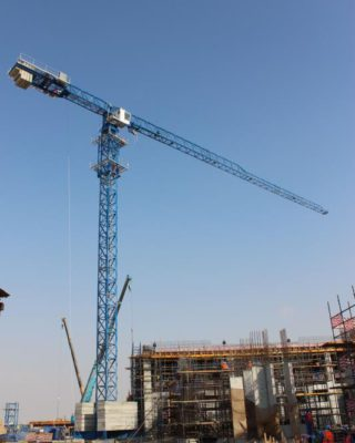 Chassis weight type tower crane from foin